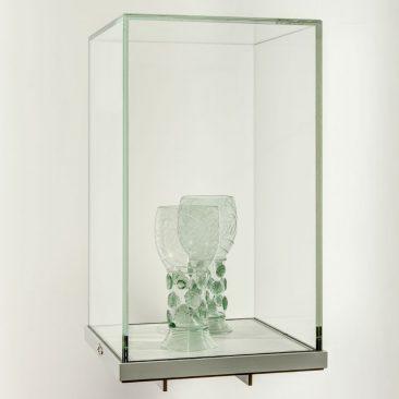 vitrine aanwinstenwand Erfgoedcentrum Rozet Arnhem - vitrine ontwerp