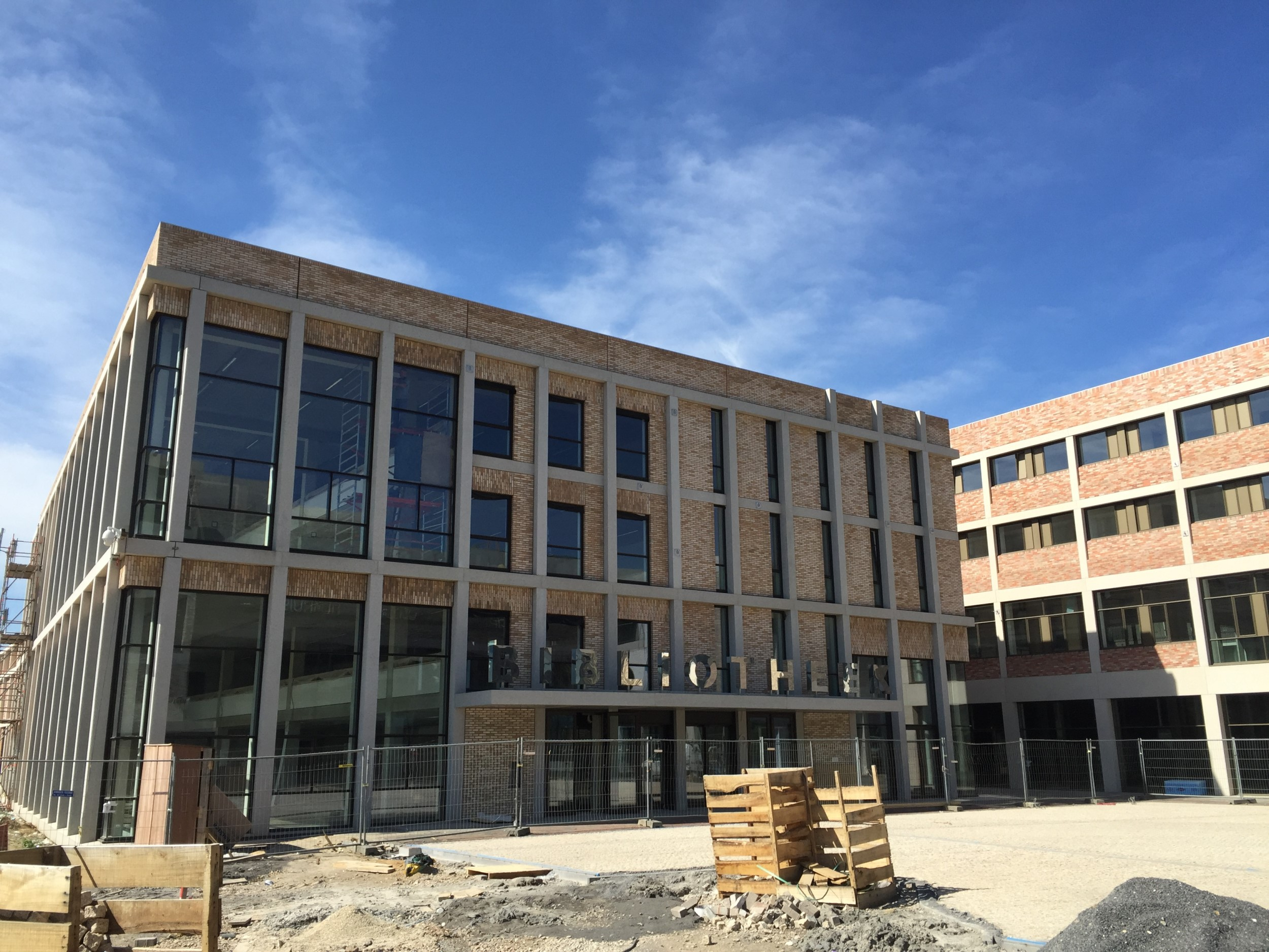 voorgevel bibliotheek Sittard Ligne - Bibliotheek Ligne Sittard