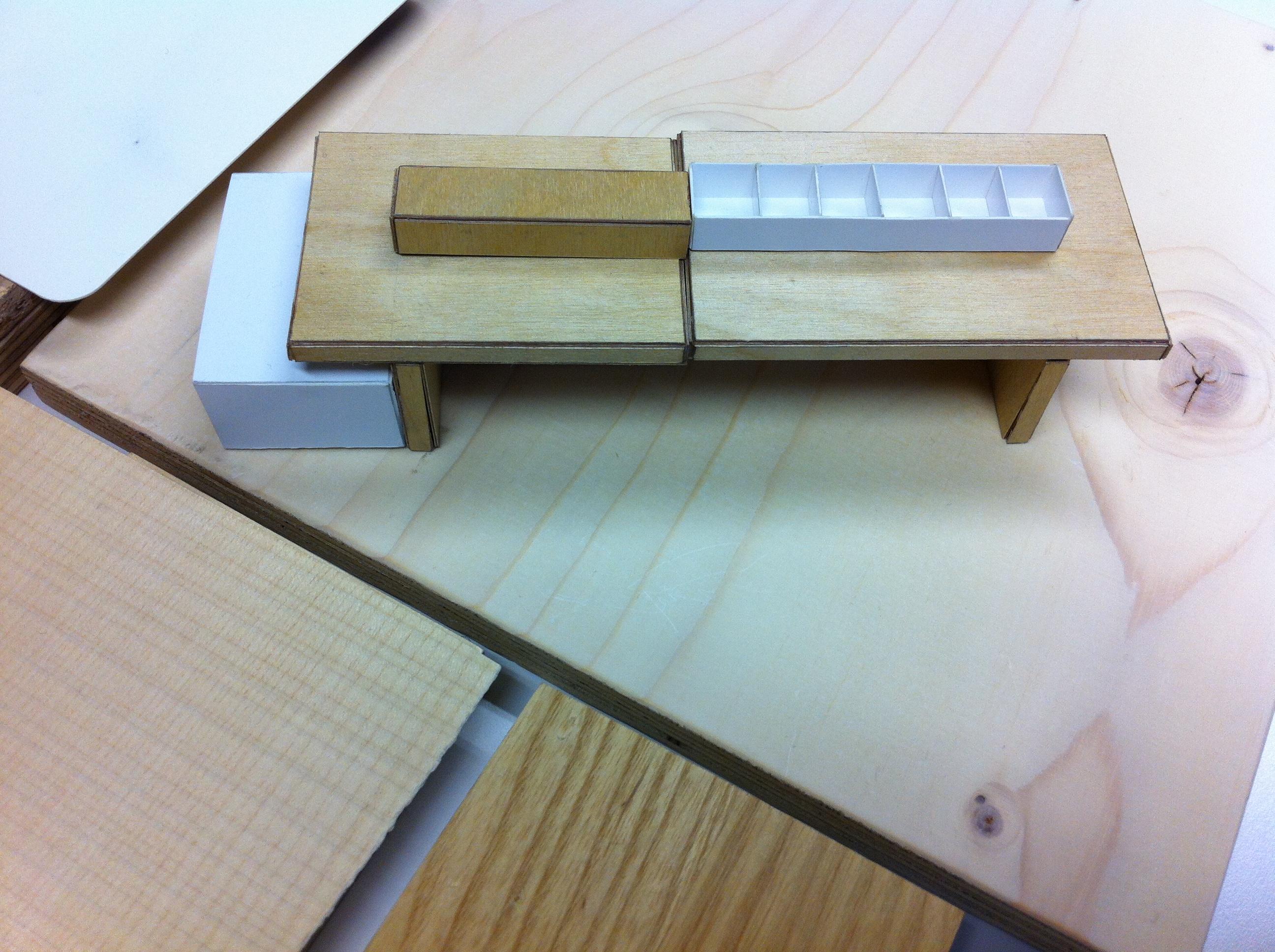 hout met display mooi - Bibliotheek Ligne Sittard
